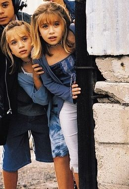Reply, mary kate and ashley crying does