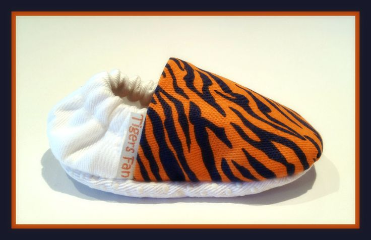 Detroit Tigers Baby Booties  BellaBabyBooties.weebly.com