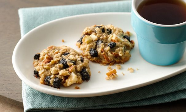 Almond blueberry breakfast cookies. Don't mind us. Just breaking the laws of physics to turn cookies into a clever breakfast food.