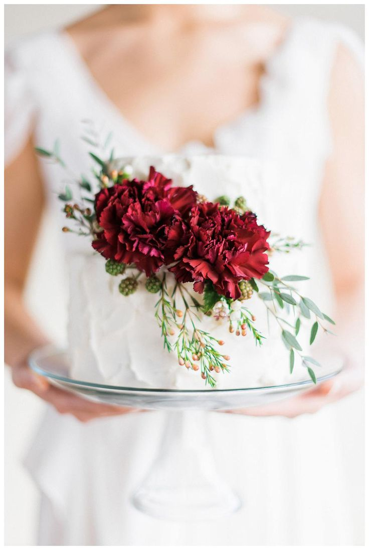 60 best CAKES: Red Roses images on Pinterest | Cake wedding, Petit ...