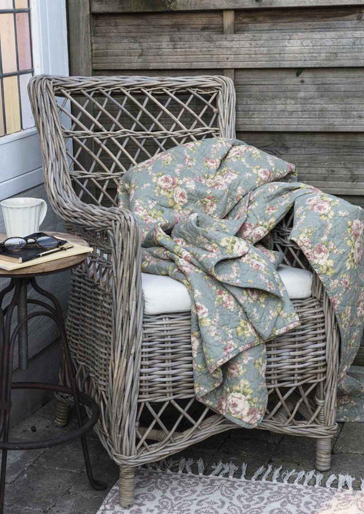 pin von vreni pfister auf skandinavisch franz sisch. Black Bedroom Furniture Sets. Home Design Ideas