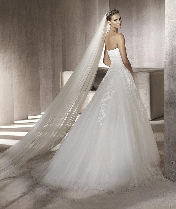 54 best Hochzeitskleider images on Pinterest | Weddings, Gown ...