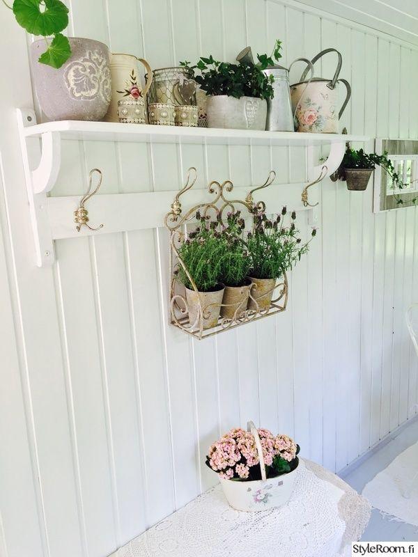 naulakko,kukat,kasvit,pitsiliina,lasikuisti
