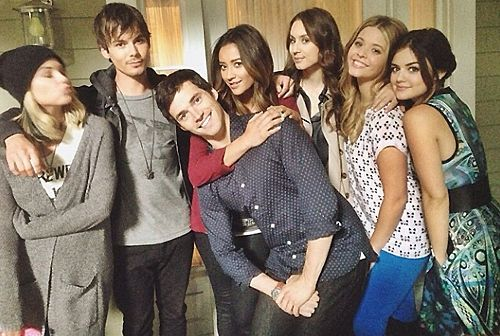 Pretty Little Liars cast