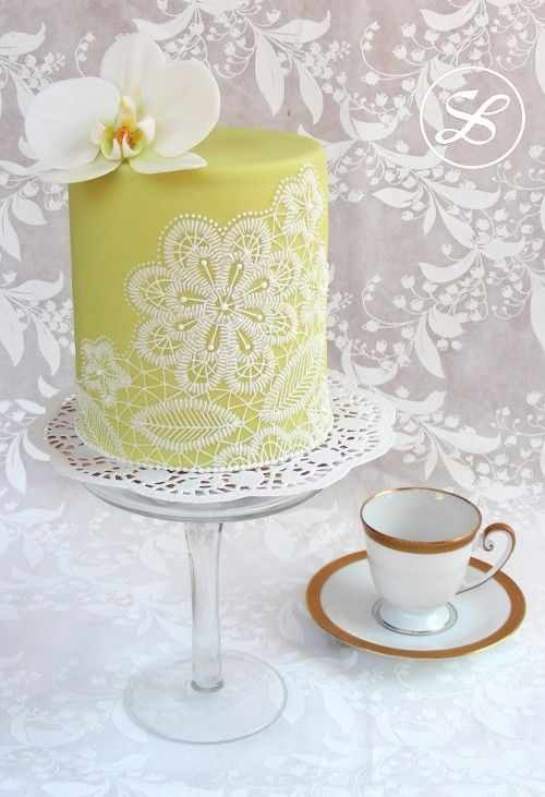 cake.corriere: Lace Filgree Come realizzare un'elegante torta dal decoro in pizzo filigranato: tutorial