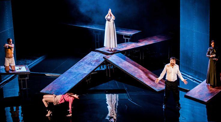 """The Crimson Petal and the White""M.Faber /Teatr Studio Warsaw/ dir K.Kowalski/ set and costumes K. Stochalska/ photo K.Bieliński"