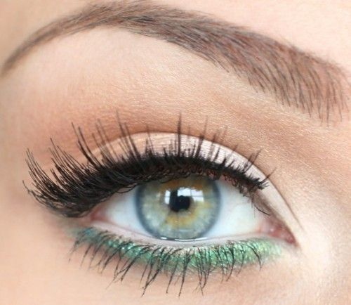Colored eyeliner bottom lid.: Make Up, Eye Makeup, Eye Colors, Eyeshadows, Eyemakeup, Lashes, Eye Liner, Green Eyeliner, Under Eye