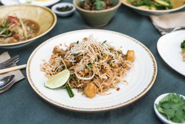 busaba eathai classic pad thai - Google Search