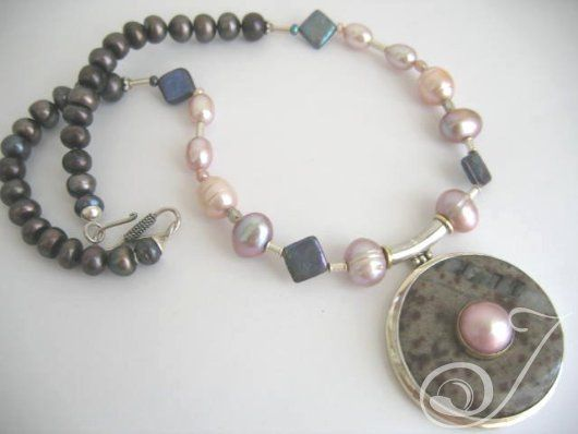 Peace Lover Necklace – Pearl Jewellery