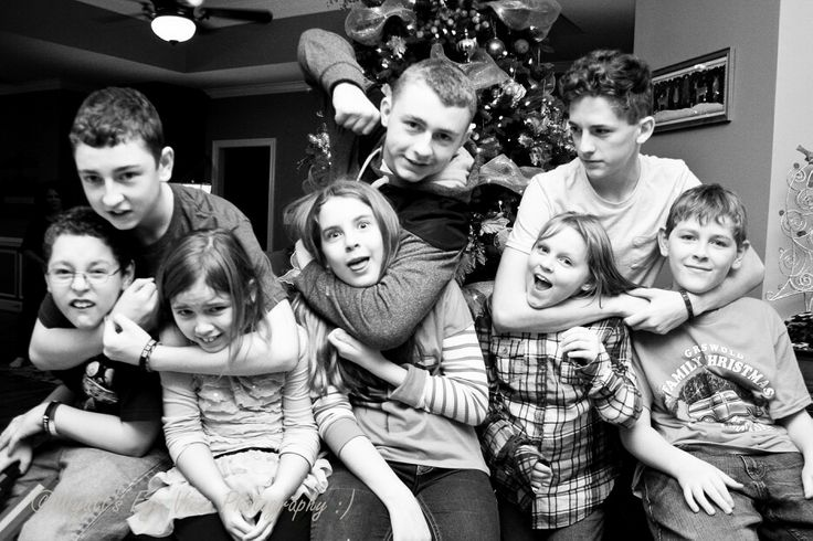 Family photography. Christmas portraits. Black and white