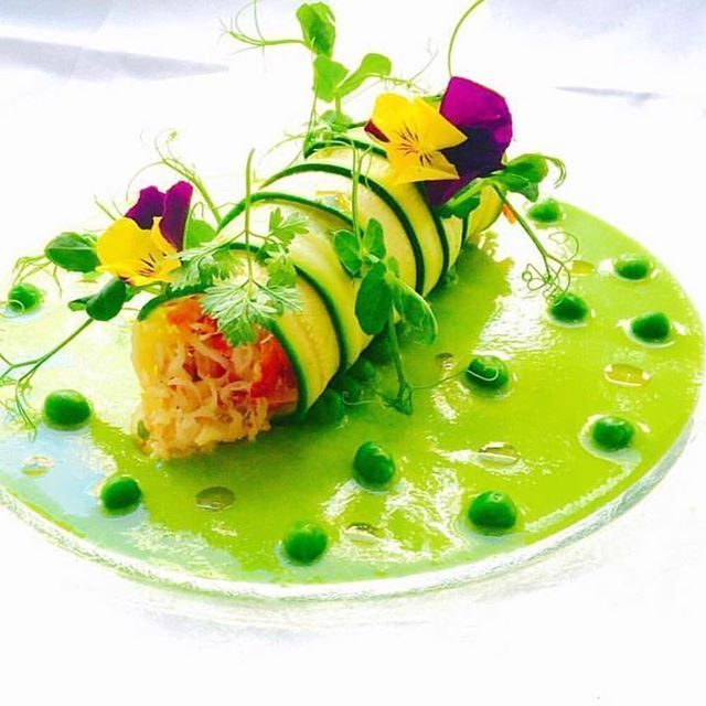 King crab in zucchini, with peas | Food presentation, Food plating, Pretty food