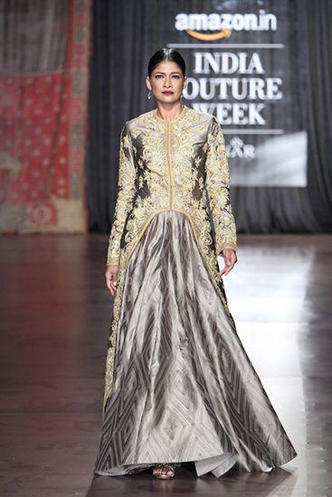 Rimple & Harpreet Narula. AICW 15'. Indian Couture.