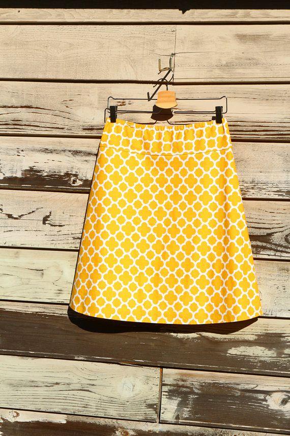 les 25 meilleures id es de la cat gorie moutarde jaune sur pinterest tenue jaune moutarde top. Black Bedroom Furniture Sets. Home Design Ideas