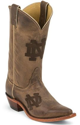 Where are our Irish Texans? These cowboy boots are gorgeous for Notre Dame Game Day!