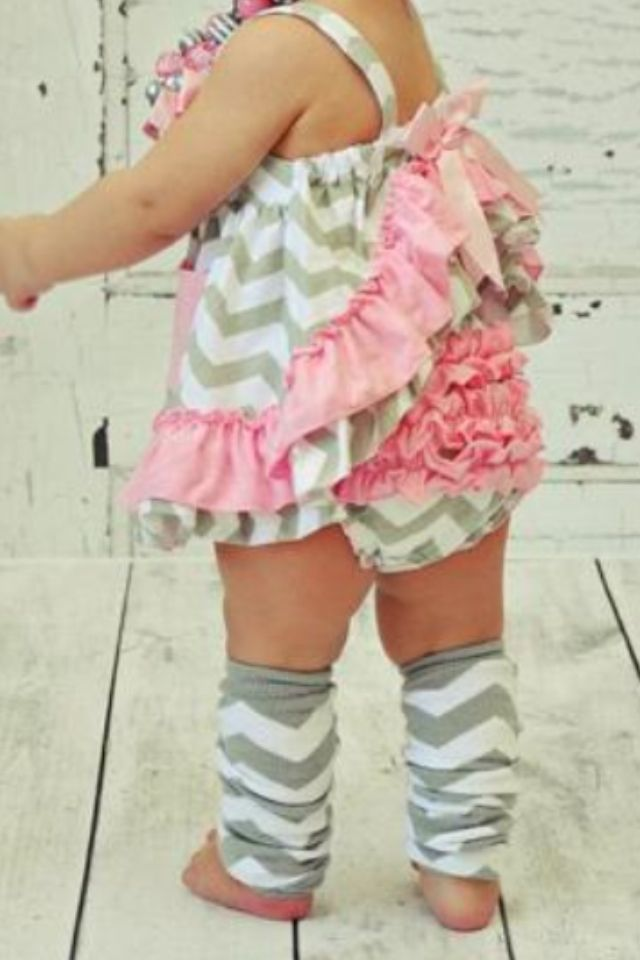 Cute chevron baby outfit