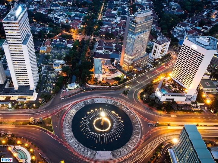 Bundaran HI (HI Roundabout) -> Jakarta -> Indonesia