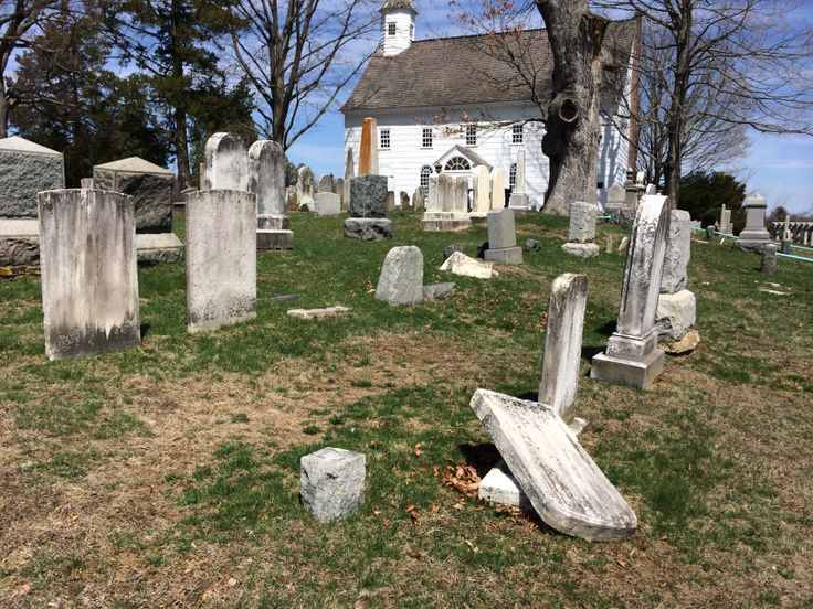 Beautiful and historic Tennent Church and Cemetery - Manalapan, NJ