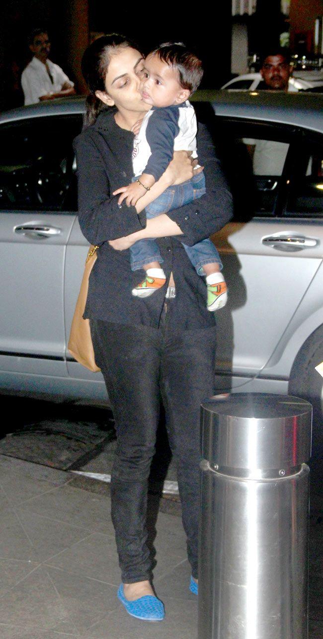 Genelia D'Souza Deshmukh cuddling her baby boy at Mumbai airport. #Bollywood #Fashion #Style #Beauty #Cute