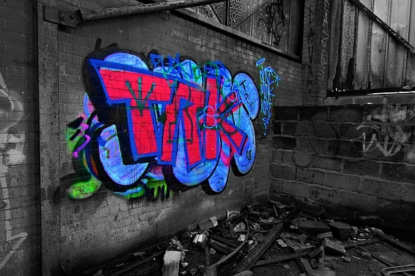 selective color graffiti