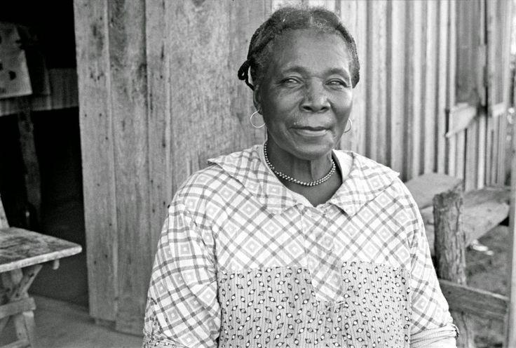 Ben Shahn - Wife of sharecropper, Pulaski County, Arkansas, 1935