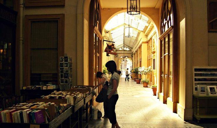 Cfés litteraires, bibliothèques, librairies..Paris
