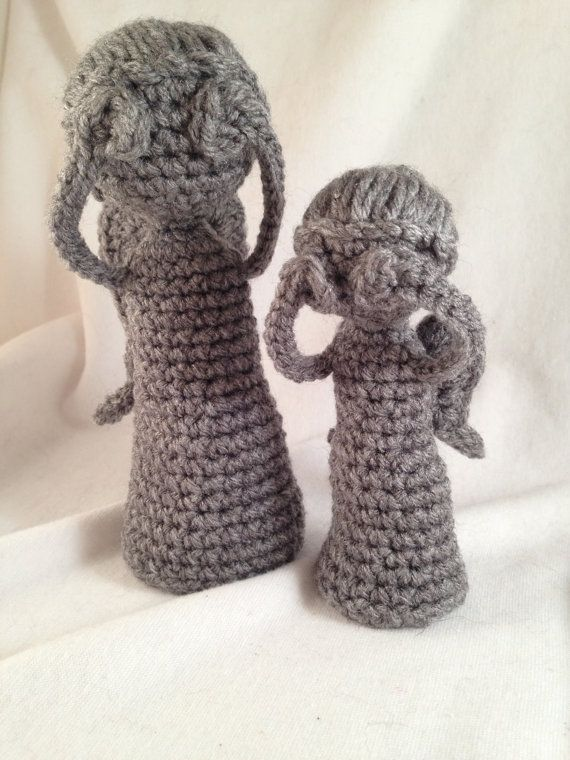 Don't blink Crochet Weeping Angel Statue by LaurelAndHoney