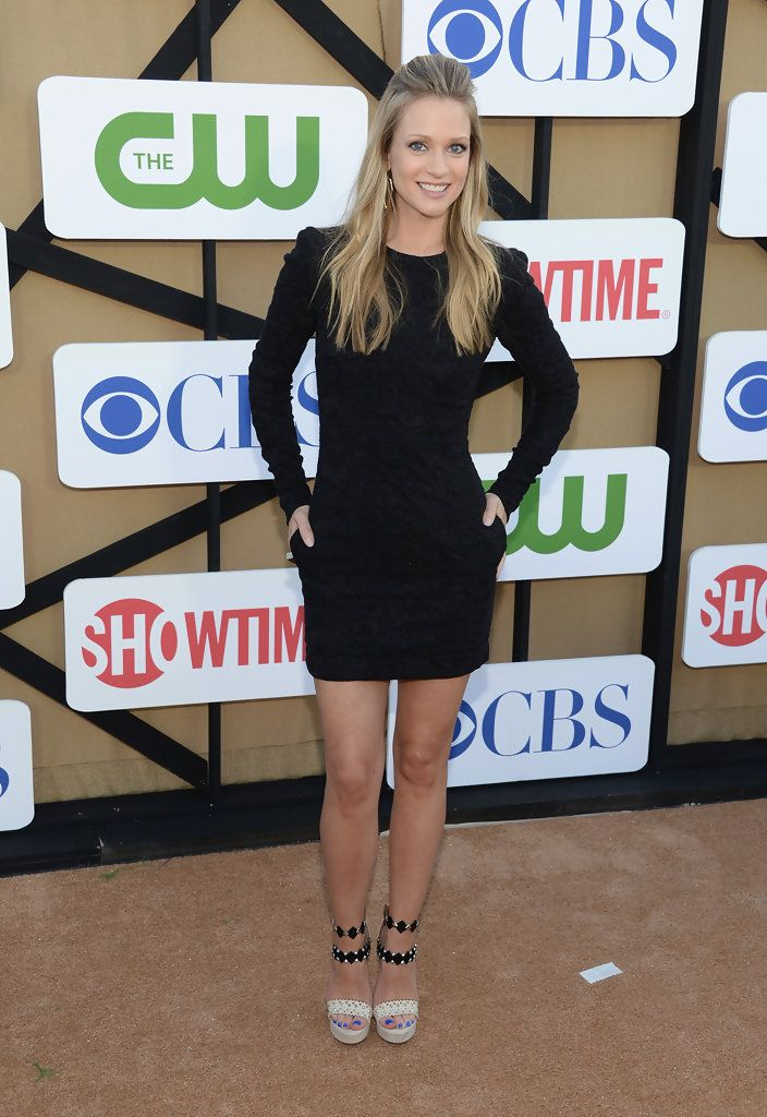 A.J. Cook Little Black Dress, long sleeve little dress and high heel sandals. Beauty on High Heels #Fashion