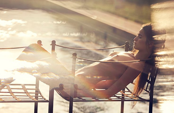 505_david_bellemere_shoots_loulou_roberts_for_treat_magazine.jpg (2301×1500)