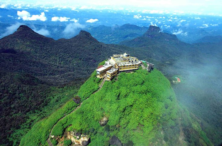 Wonderful Sri Lanka. #travel #srilanka #Buddhism #Buddha #religion #zen #freedom #peace #harmony #tranquility #travelling #pilgrimage #sacred #holy #ancient #history #war #country #mustvisit #historic #architecture #culture #tradition #beautiful #nature #environment #travelguide #world #landscape #trees #earth #greens #mountains #naturelovers #Buddhist #dharma #compassion #kindness #food #foodie #people #temple