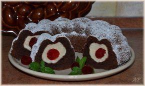 Bábovka s tvarohovými koulemi   Cake whith cheese balls and cherries