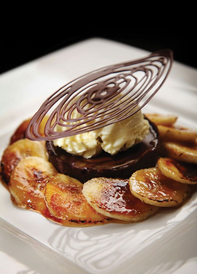Chocolat and Banana Caramel Tart recipe #plating #presentation