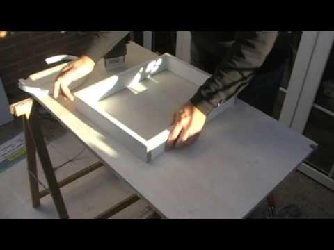 Como hacer una tapa cubre cuadro eléctrico. - YouTube