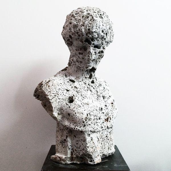 """Massimiliano Pelletti """"Untitled"""" # 0003 2014 Scultura in pietra grezza  60 x 40 x 65 cm"""