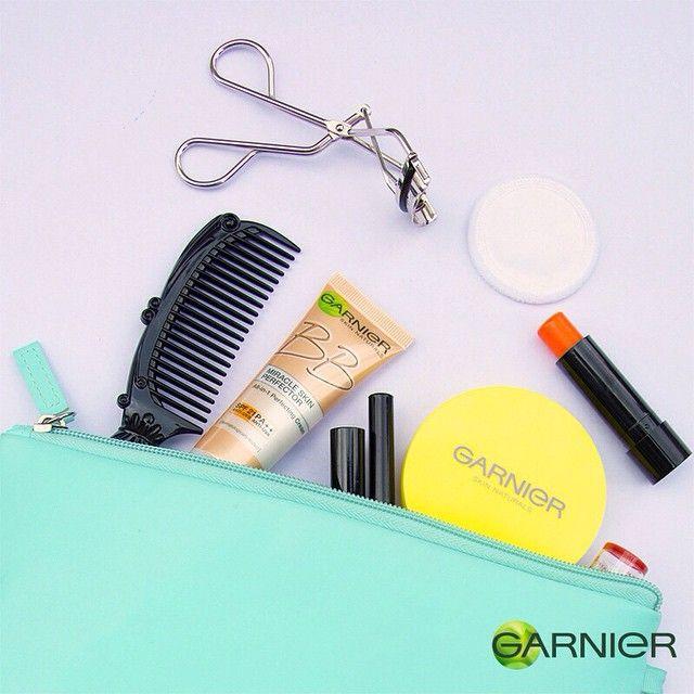 Beg makeup anda tidak sempurna tanpa Garnier Light Complete Face Powder dan Garnier BB Cream! #garniermalaysia