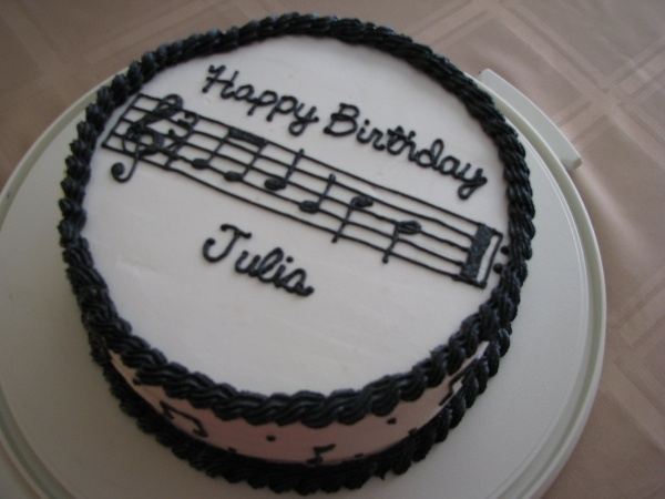 music cake for Bethany