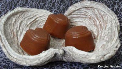 Konyha Naplóm: Fahéjkrémmel töltött csokoládé