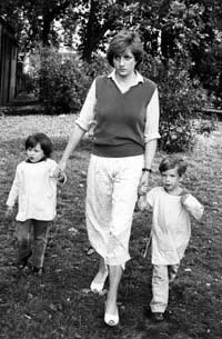 lady diana spencer press photo - Google Search                                                                                                                                                                                 More