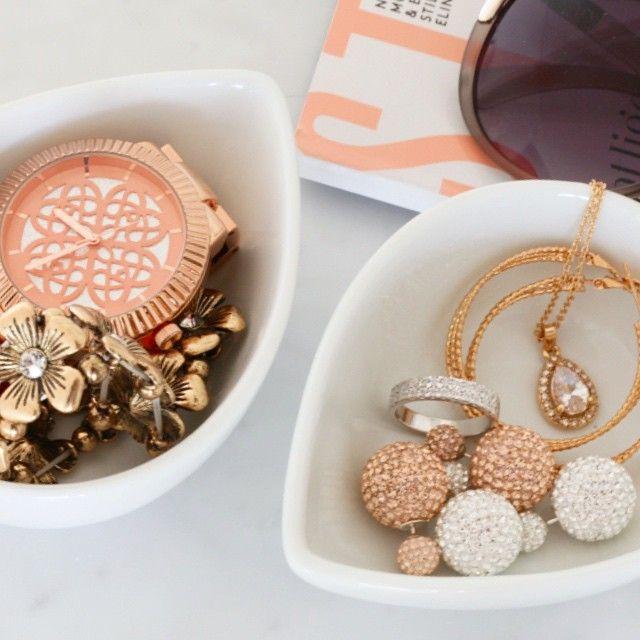 Silversmycken, bijouterier och klocka från Guldfynd