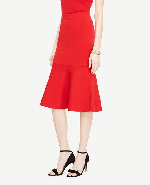 Shop Ann Taylor for effortless style and everyday elegance. Our Flared Flounce Skirt is the perfect piece to add to your closet.
