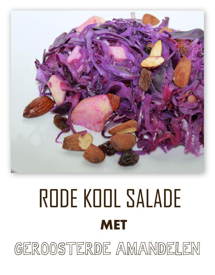 Rode kool salade met geroosterde amandelen
