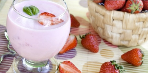 Happy National Cheesecake Day!            Strawberry Cheesecake      2 scoops vi-shape shake mix           ½ cup frozen strawberries           1 packet strawberry health flavor           8-10 oz of milk      ½ graham cracker        *You can replace strawberries for any fruit of your liking :)      Enjoy!: Packet Strawberry, Shake Recipes, Frozen Strawberries, Vi Shakes