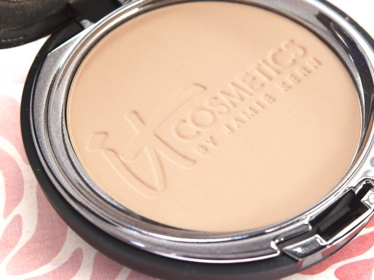 BEST FOUNDATION EVER! Ordered it off QVC :) IT Cosmetics Celebration Foundation