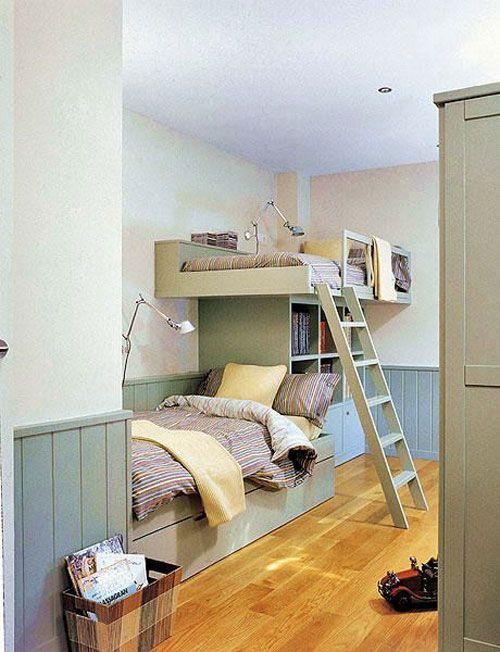 25 beste idee n over kleine tiener slaapkamers op pinterest tiener slaapkamer kleine meisjes - Stapelbed kleine kamer ...