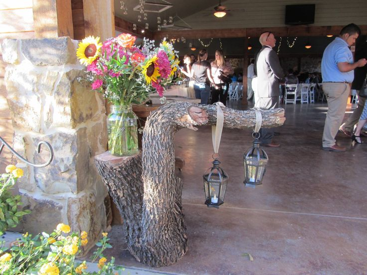 40 best rustic wedding decor images on pinterest wedding decor this is a very unique way to display a wedding flower arrangement it was used junglespirit Gallery