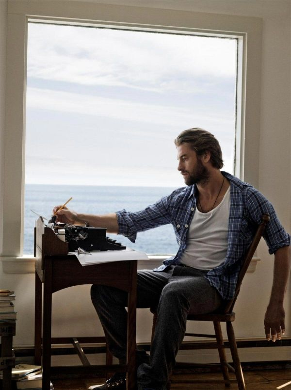 Scott Speedman - don't know who he is but this picture makes me so jealous!