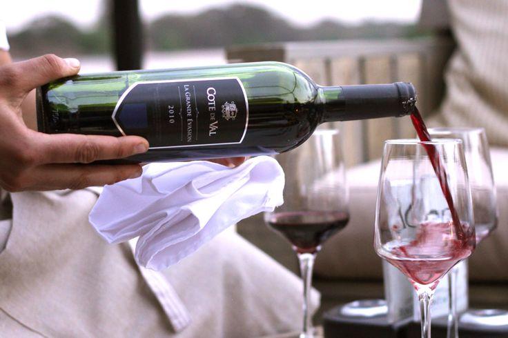 Wine pouring at Pont de Val