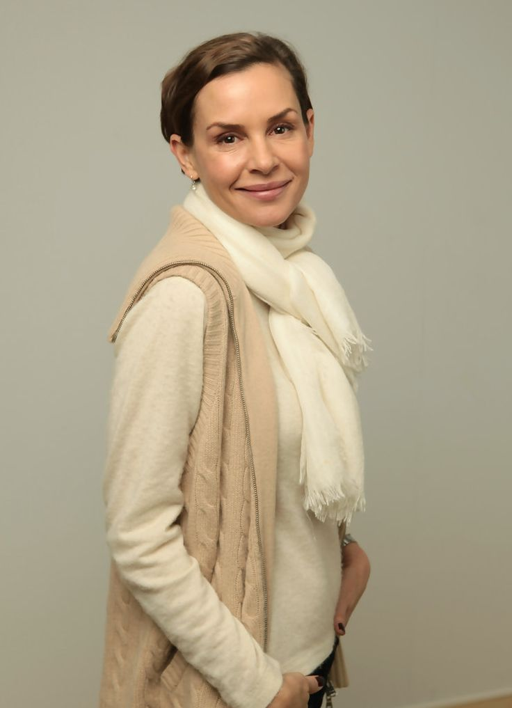 Embeth Davidtz Born August 11 1965