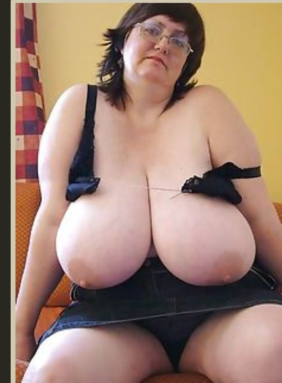 Mature bbw women undress