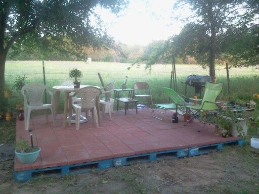 Pallet Deck With Pavers On Top Perfect For Screen House