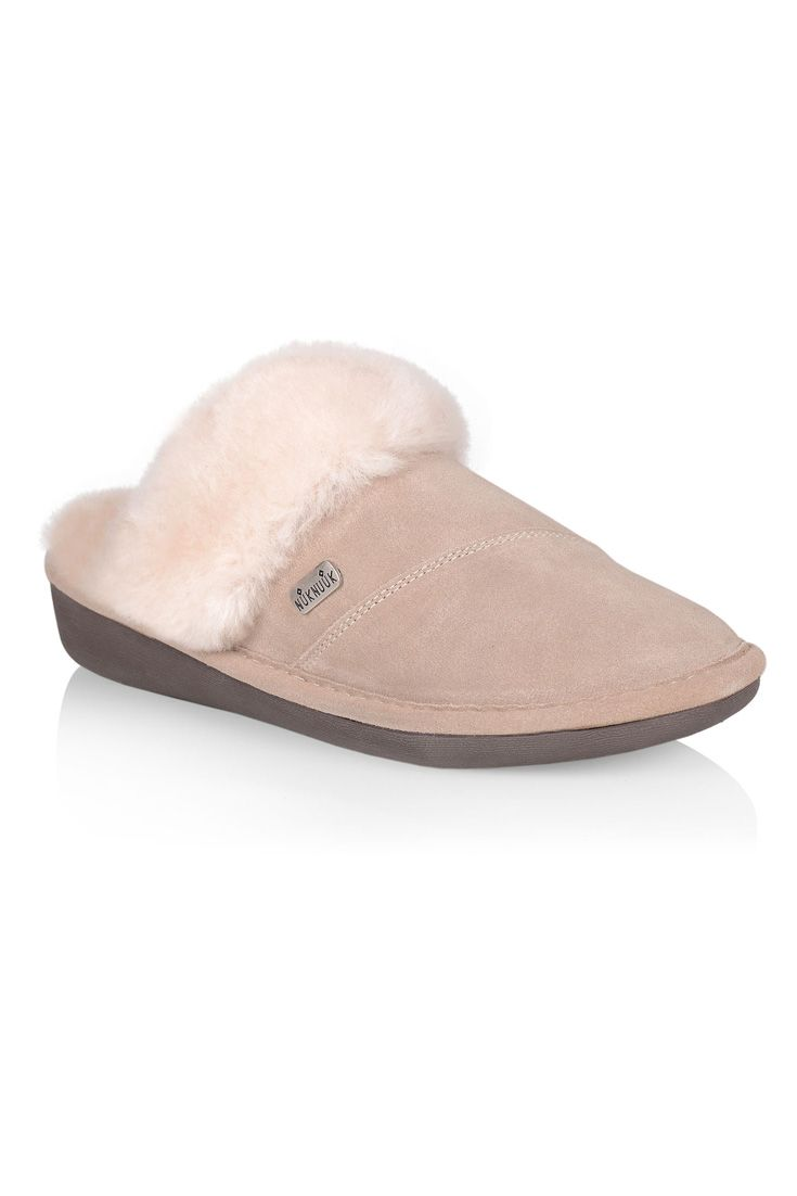 #nuknuuksweeps The Joy Women's Slipper (beige) is the embodiment of comfort and warmth.